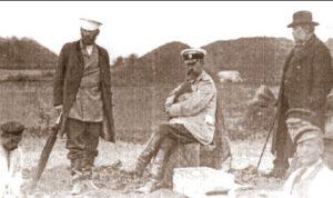Розкопки на Полтавщині, стара фотографія